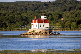 Town of Esopus Lighthouse in Summer 1