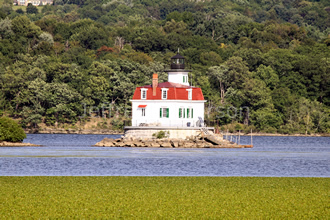 Town of Esopus Lighthouse in Summer 2
